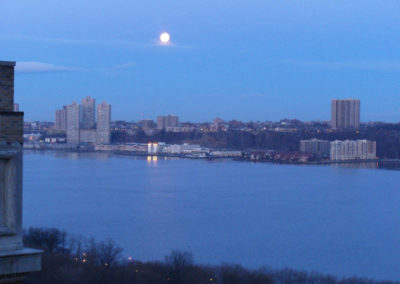 Moon Setting over Hudson River 6:40am 3/28/2013